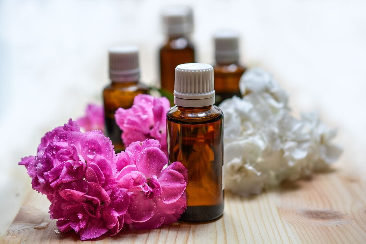 Rose Oil Review - Essential Oils