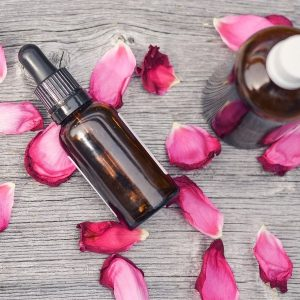 Rose Oil Review - How Rose Oil Therapeutic Effects Work Magic on Your Skin